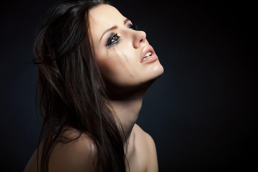女人为什么流眼泪?